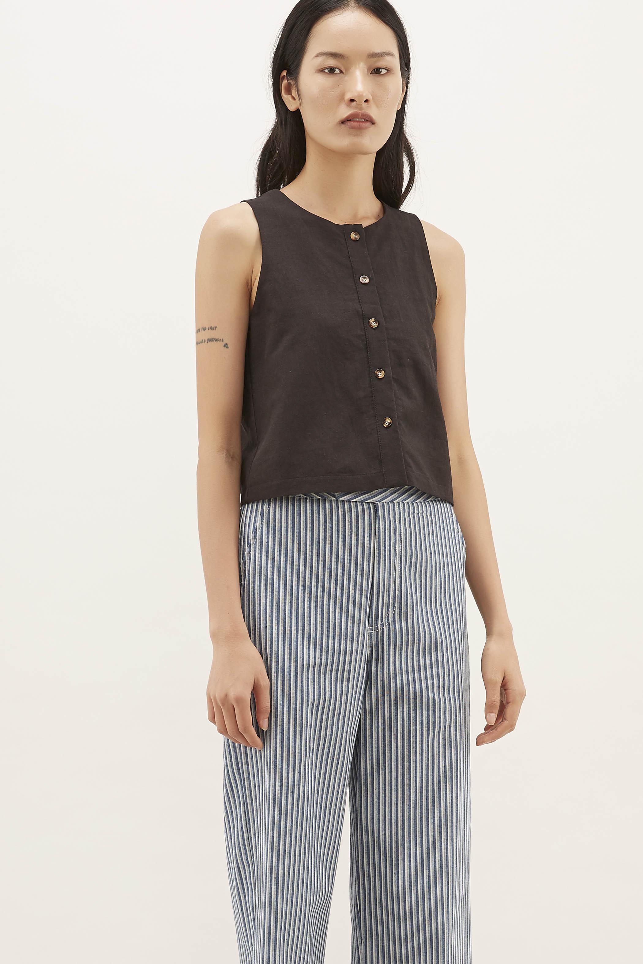 Shiana Button-down Tank Top