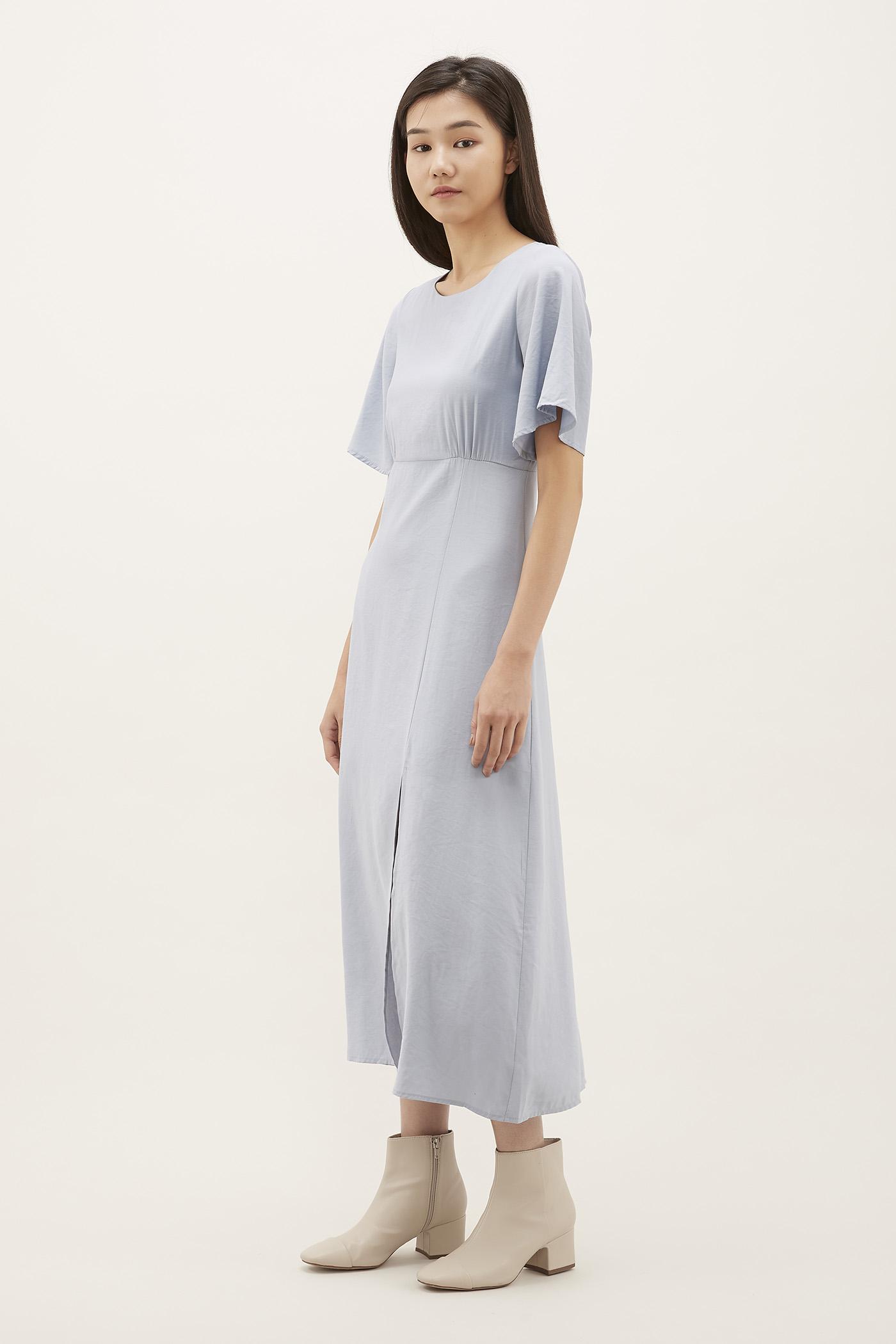Shelisa Wide-sleeve Maxi Dress